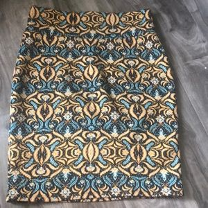Lularoe Quilted Cassie